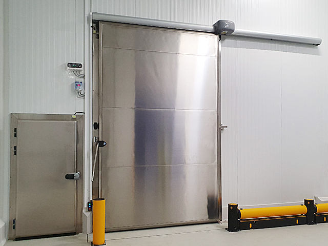 Puertas fabricadas en acero inoxidable AISI-304 o AISI-316